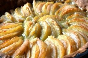 Cukruoti obuoliai grietinėje (Хог тосн)