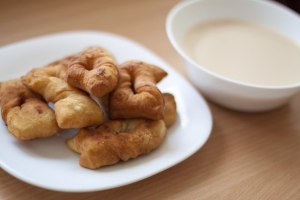 Miltų, kiaušinių, pieno arba kefyro kepinukai (Борцоки)